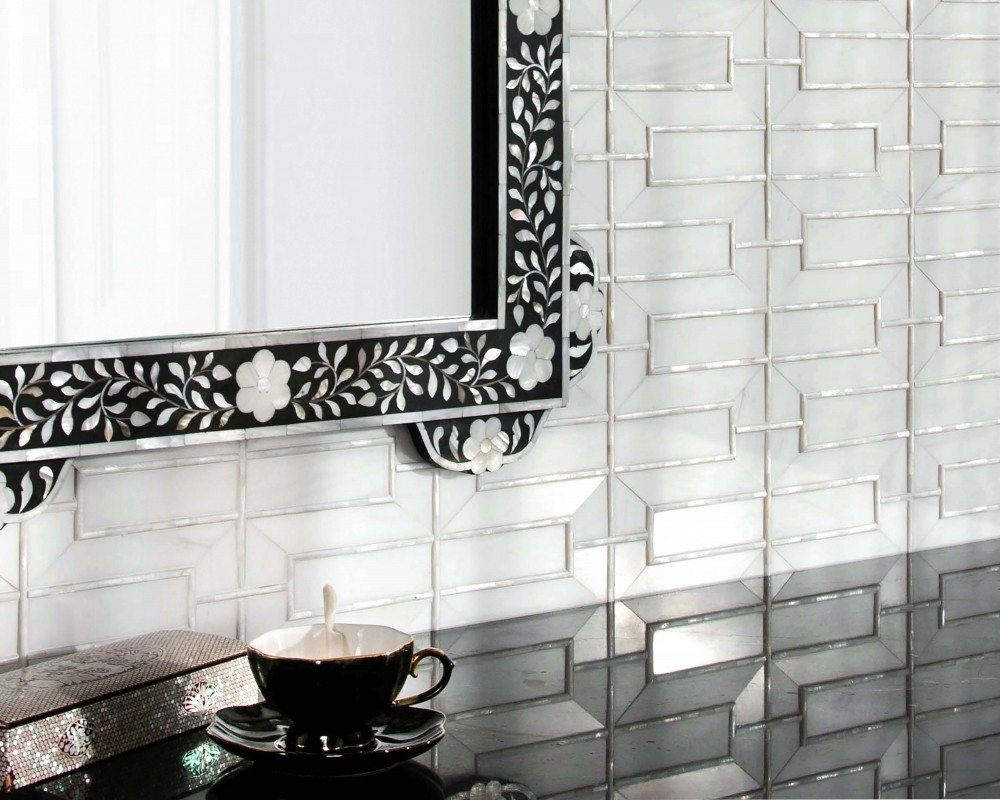 glass subway tile with hexagon dividers
