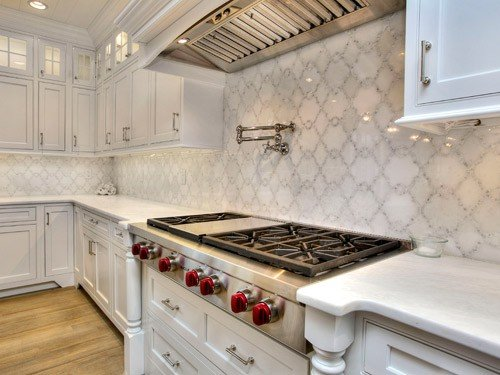 white patterned backsplash